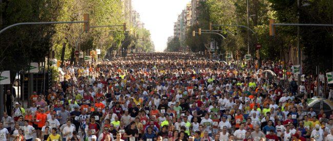Corredores en maratón de Barcelona