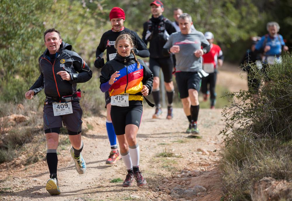 corredores de montaña Ultrafondo carrera